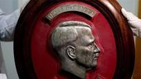 Trùm phát xít Hitler lộ diện sau 70 năm lẩn trốn?
