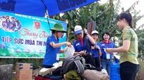 Áo xanh tình nguyện đồng hành cùng sỹ tử ở các vùng quê