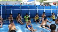 Đô Lương mở 5 lớp dạy bơi cho 300 trẻ em