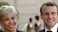 Tổng thống Pháp mê gỏi cuốn tôm Việt Nam