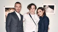 Con trai Victoria Beckham ra mắt sách ảnh về gia đình