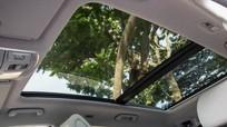 Mua xe ô tô có cửa sổ trời: Nên hay không?