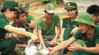 Hội phụ nữ Bộ CHQS tỉnh chia sẻ khó khăn với chiến sỹ trên thao trường
