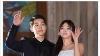 Sao Việt phấn khích tột độ khi hay tin Song Joong Ki và Song Hye Kyo kết hôn