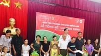 Trao 100 suất quà cho các gia đình đặc biệt khó khăn ở TP Vinh