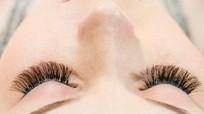 Nối, gắn mi giả ảnh hưởng 'khủng khiếp' đến mắt