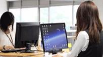 Một Công ty cấm nhân viên ngồi khi dùng máy tính