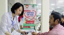 Bệnh viện Đa khoa Thành phố Vinh khám bệnh, cấp thuốc miễn phí cho thương, bệnh binh