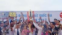 Nam Định thăng hạng V-League 2018