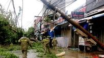 Hơn 5.750 cột điện ở Nghệ An bị gãy đổ
