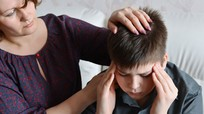 Đừng chủ quan khi trẻ bị đau nhức đầu