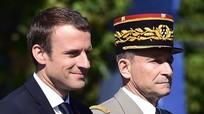 Người đứng đầu quân đội Pháp từ chức