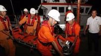 Kịp thời cứu hộ ngư dân bị hôn mê sâu trên biển