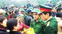 Tô thắm truyền thống vẻ vang lực lượng vũ trang Thành phố Đỏ anh hùng