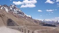 Ấn Độ sẽ xây đường hầm giáp biên giới Trung Quốc