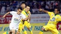 Cao Lãnh - Vinh - Thiên Trường: Nỗi lo phận nhà nghèo trong làng bóng đá