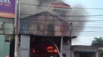 Cháy lớn sau tiếng nổ tại xưởng bánh kẹo, tìm thấy 5 thi thể