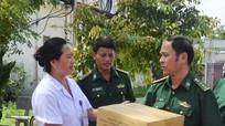 Bộ đội biên phòng giúp địa phương khoanh vùng ổ dịch sốt xuất huyết