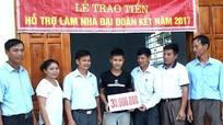 Con Cuông: Hỗ trợ gần 60 triệu đồng cho hai anh em mồ côi