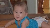 Cậu bé được mẹ ung thư từ chối xạ trị nhường sự sống giờ ra sao?