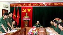 Sư đoàn 4 Quân đội nhân dân Lào thăm và làm việc tại Quân khu 4
