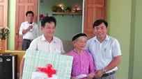 Yên Thành: Bàn giao Nhà tình nghĩa cho Bà mẹ Việt Nam Anh hùng