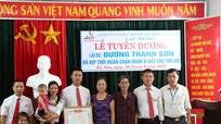 Thưởng nóng tài xế giải cứu 2 bé gái khỏi tay buôn người ở Nghệ An