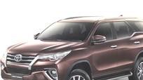 Toyota Fortuner 2018 chốt giá từ 846 triệu có gì mới?