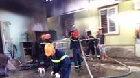 Cháy lớn tại Nam Đàn, 1 người bỏng nặng
