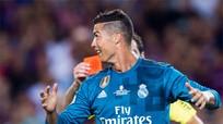 Ronaldo bị cấm thi đấu 5 trận vì đẩy trọng tài