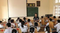 Thành phố Vinh lần đầu luân chuyển hơn 200 giáo viên