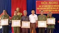 Đảng bộ xã Nghĩa Hành (Tân Kỳ) trao tặng Huy hiệu Đảng cho 14 đảng viên