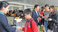 Tăng giá dịch vụ tại sân bay, giá vé máy bay có tăng?