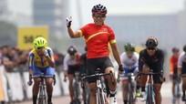 SEA Games 29: Cua-rơ Nguyễn Thị Thật đoạt HCV, kiếm thủ Nguyễn Xuân Lợi vào bán kết