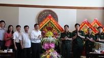 Lãnh đạo tỉnh chúc mừng Bộ Chỉ huy quân sự tỉnh nhân ngày truyền thống