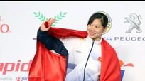 Khoảnh khắc Ánh Viên nhận HC Vàng đầu tiên tại SEA Games 29