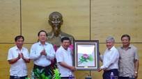 Bộ trưởng, Chủ nhiệm Uỷ ban Dân tộc ấn tượng với trưởng bản vùng cao Nghệ An