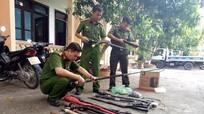 Công an thị xã Thái Hòa thu hồi nhiều vũ khí, vật liệu nổ nguy hiểm