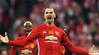 Ibrahimovic trở lại Man Utd, khoác áo số 10