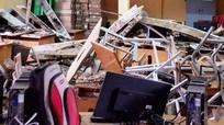 Phòng học đổ sập, 10 học sinh bị thương