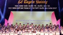 Tuyên dương 140 học sinh Nghệ An đạt thành tích cao năm học 2016-2017