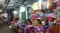 Nhiều tiểu thương chợ Thái Hòa đóng ki ốt ngừng kinh doanh