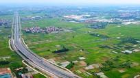 Chiêm ngưỡng tuyến đường 5 tầng cây xanh đẹp nhất Hà Nội