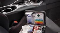 10 vật dụng hữu ích nên trang bị trên xe ô tô