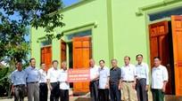 Hội Doanh nghiệp CCB tỉnh trao hỗ trợ xây nhà cho gia đình nghèo