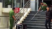 Kẻ cướp ngân hàng đâm xe học sinh trên đường tẩu thoát
