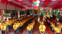 Các đồng chí lãnh đạo tỉnh dự khai giảng năm học mới 2017-2018