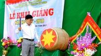 Phó Bí thư Tỉnh uỷ Nguyễn Văn Thông dự lễ khai giảng tại Tương Dương
