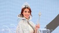 Gia thế 'khủng' của tân Hoa hậu Hong Kong