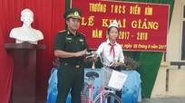 Bộ đội Biên phòng hỗ trợ học sinh nghèo vùng biên